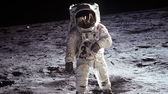 First-men-on-the-Moon_tcm25-482521